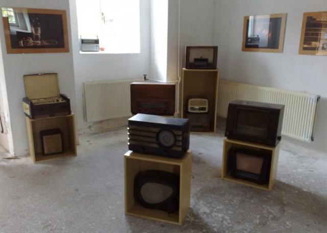 RADIOS ETC Exhibition
