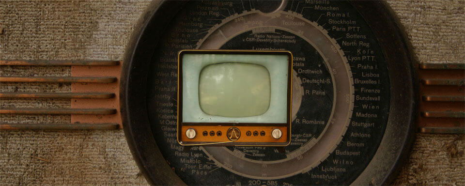 radios video